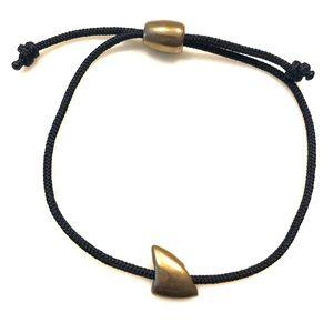 Cape Clasp Bronze Shark Fin bracelet